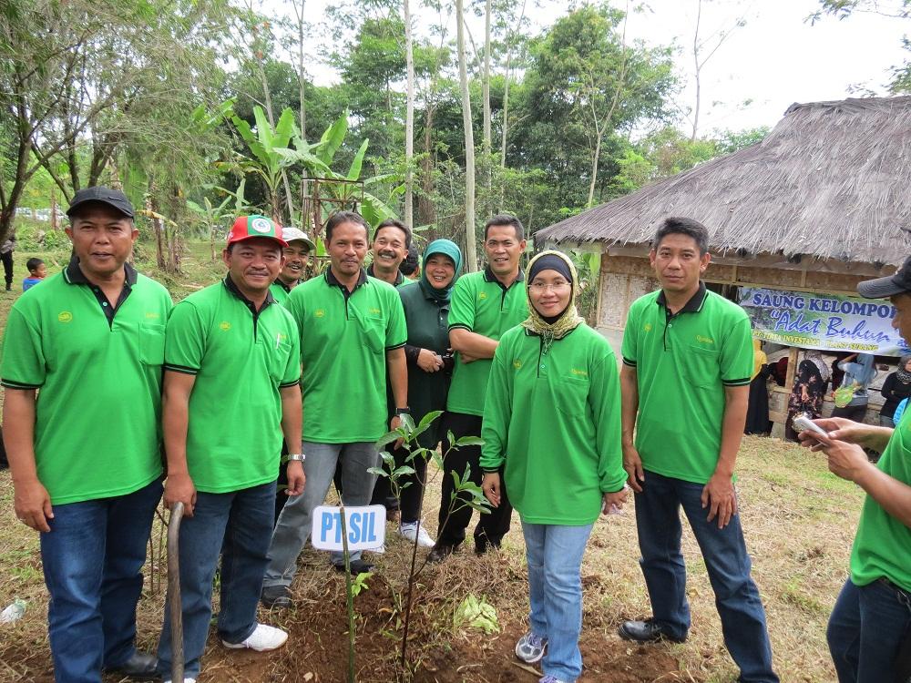 Gebyar Hari Menanam Pohon Nasional - CSR bersama Perusahaan se Subang Selatan1 28 Nov 2014